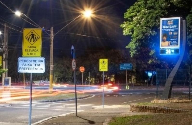 Fazer Anúncio no Relógio Rua Digital Atibaia - Relógio de Rua com Propaganda em Salvador