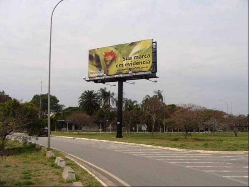 Painel Aeroportuário Campinas - Publicidade em Aeroporto