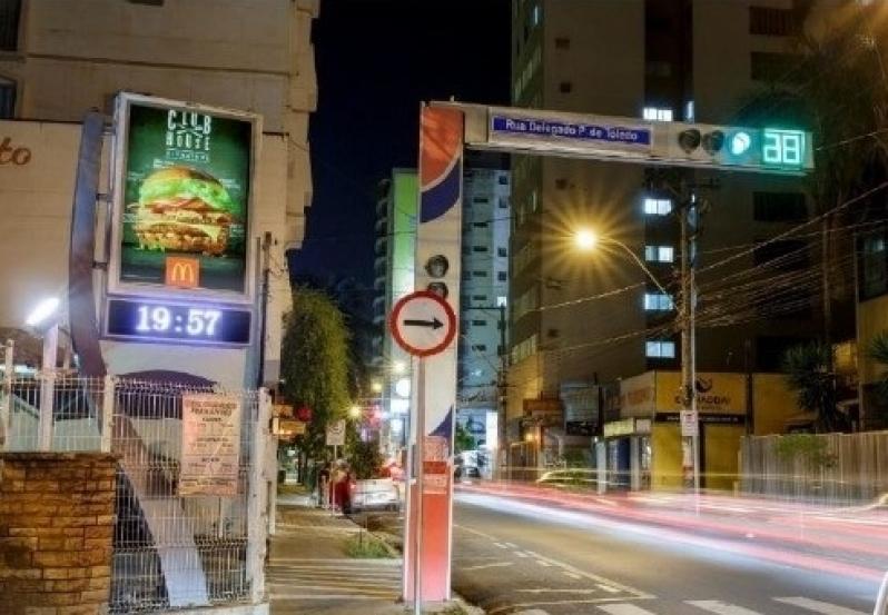 Relógio de Rua Vertical Preços Vinhedo - Relógio Rua Digital Av Juracy Salvador