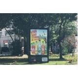 mobiliário urbano totem de anúncio orçar Itanhaém