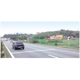 outdoor sp na rodovia bandeirantes