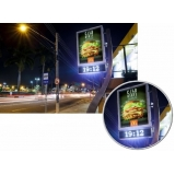 relógio de rua vertical Cruzeiro