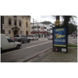 Totem de Rua com Publicidade na Avenida Acm